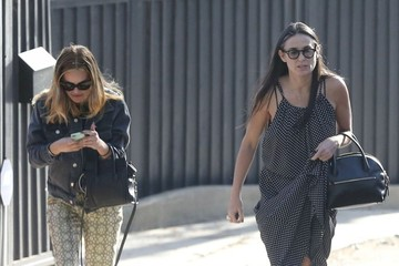Demi Moore Tallulah Willis Demi Moore Receives Flowers for Mother's Day