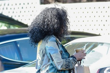 Diana Ross Diana Ross Grocery Shopping At Bristol Farms