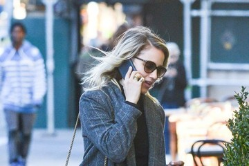 Dianna Agron Dianna Agron Spotted Out and About in New York City