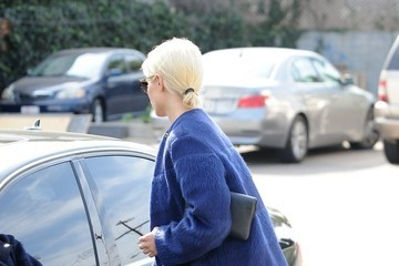 Dianna Agron Dianna Agron Shops in Beverly Hills