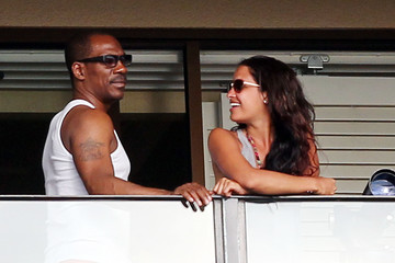 Eddie Murphy Rocsi Diaz Eddie Murphy & Rocsi Diaz Share A Romantic Sunset Together