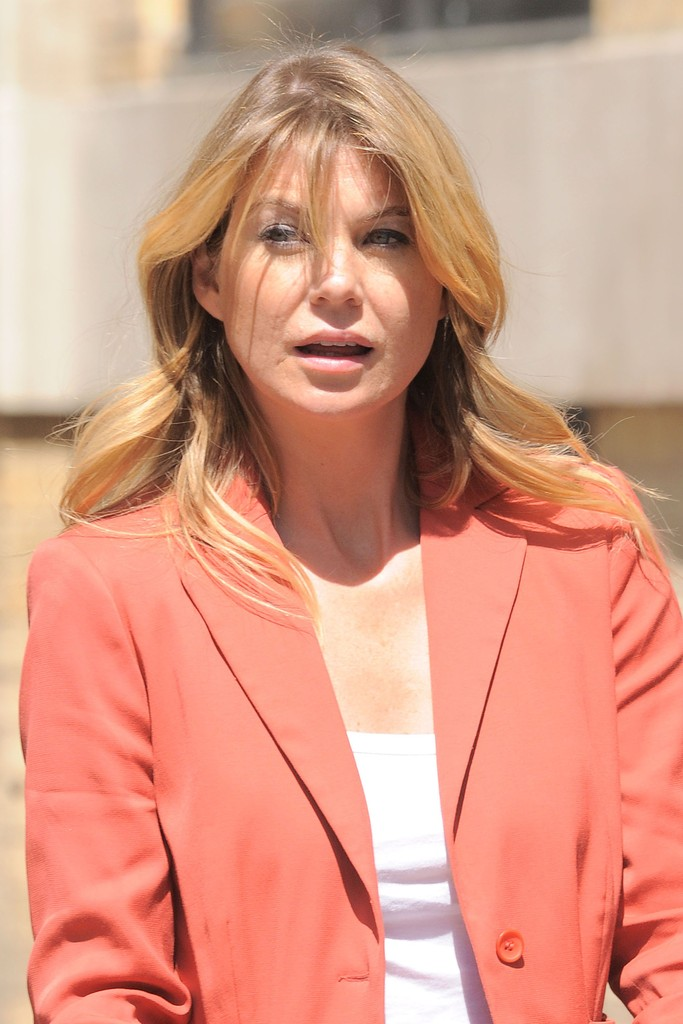 Ellen pompeo in ellen pompeo family taking a walk in new york city zimbio - Ellen show new york ...