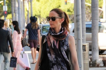 Emily Blunt Emily Blunt Goes Shopping in Beverly Hills