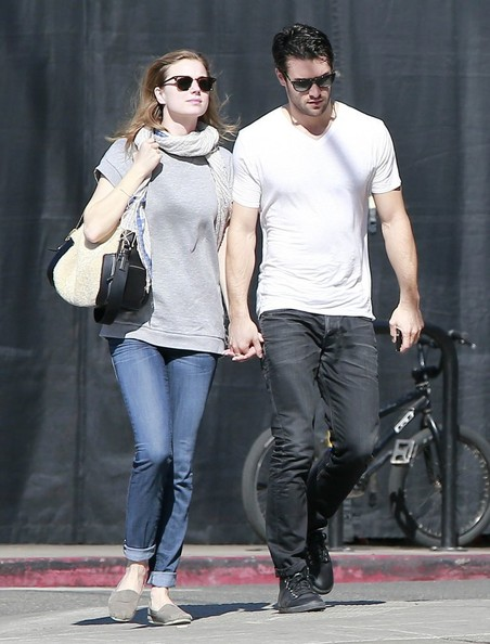 bowman spanish girl personals Emily vancamp in 2018: still dating her boyfriend joshua bowman how rich is she does emily vancamp have tattoos does she smoke + body measurements & other facts.