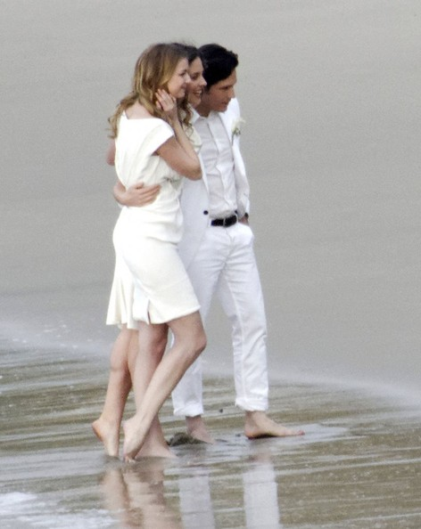 Emily VanCamp and Nick Wechsler Photos Photos - Stars Film ...
