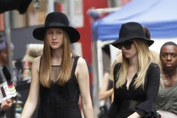 Emma Roberts Taissa Farmiga Stars on the Set of 'American Horror Story'