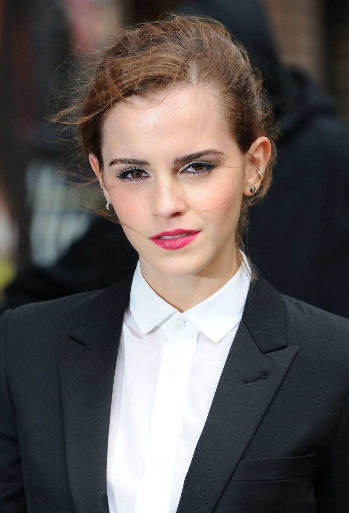 Emma Watson Makes Evening Makeup Work During The Day
