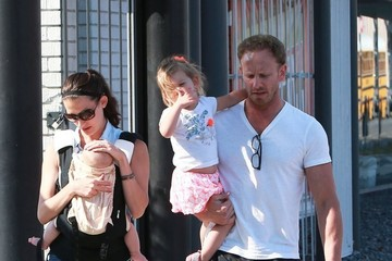 Erin Ludwig Ian Ziering Goes Shopping with His Family