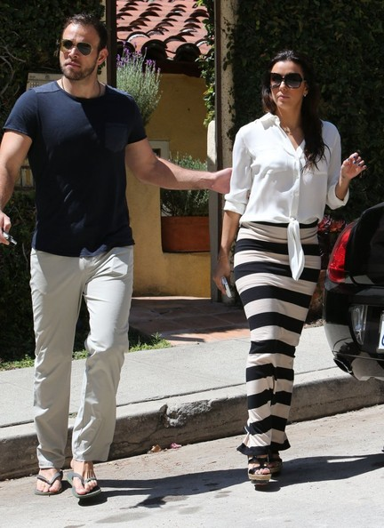 Eva Longoria and Her Boyfriend Go House Hunting