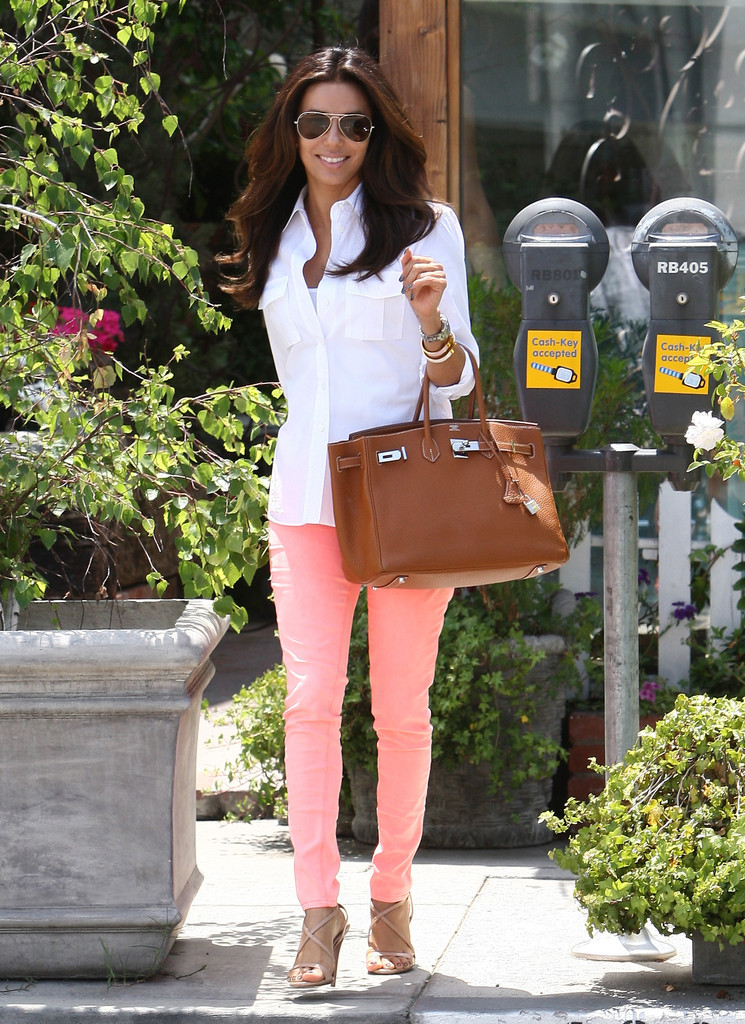 """Desperate Housewives"" star Eva Longoria was looking classy as usual during a trip to the beauty salon in Los Angeles, California on May 12, 2012."