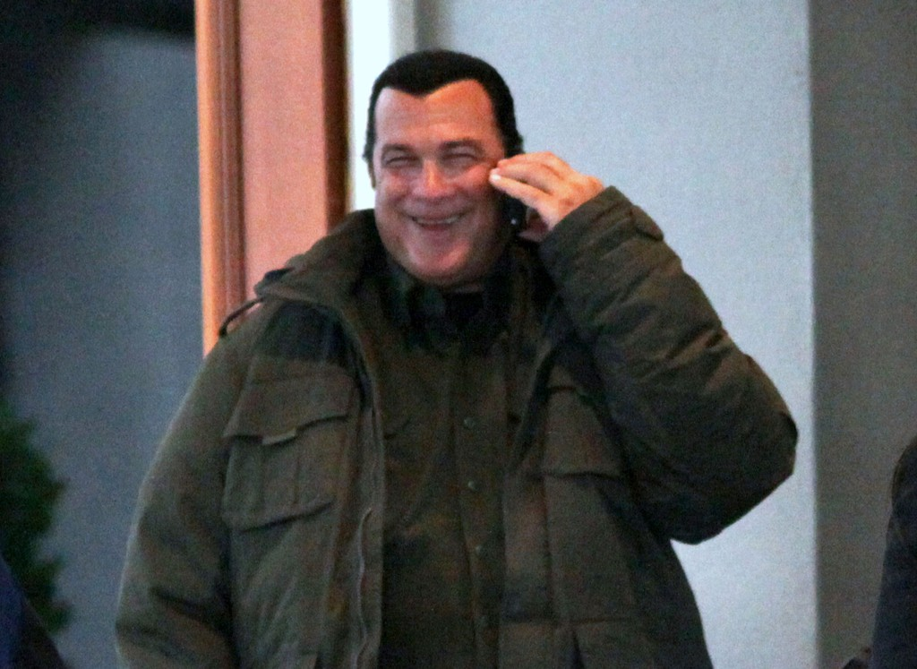 Steven seagal photos photos steven seagal leaving the - Dominic seagal ...