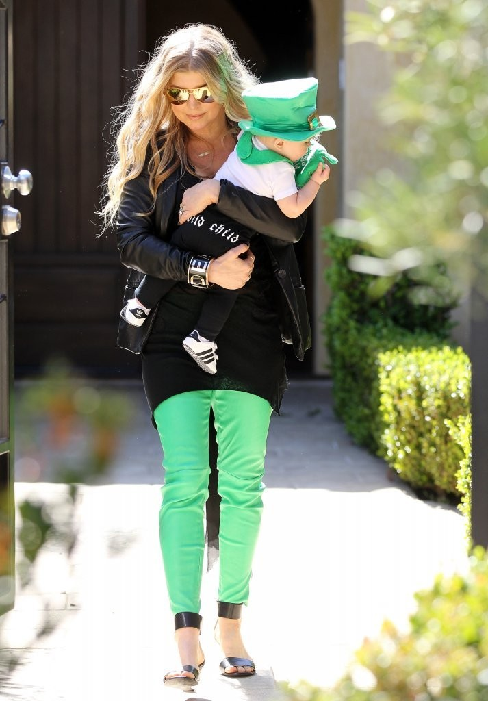 Fergie & Josh Attend A St. Patrick's Party