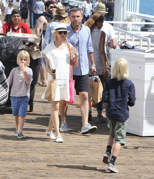 File: Naomi Watts & Liev Schreiber Call It Quits