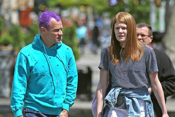 Clara Balzary Flea Out Walking With His Daughters In New York
