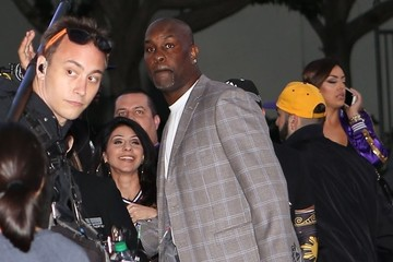 Gary Payton Celebrities Attend Kobe Bryant's Last Game as a LA Laker
