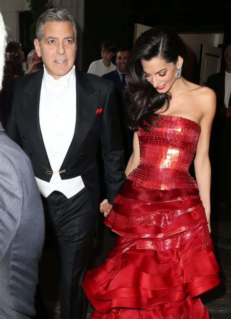 George Clooney at the Met Gala 4th May 2015 - Page 2 George+Clooney+Stars+Head+2015+MET+Gala+_ju31Qf84_Bx