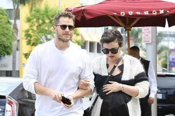 Ginnifer Goodwin Ginnifer Goodwin and Josh Dallas Do Lunch
