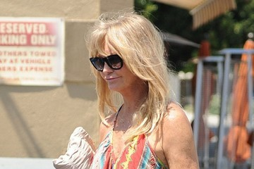 Goldie Hawn Goldie Hawn Gets Lunch in Brentwood