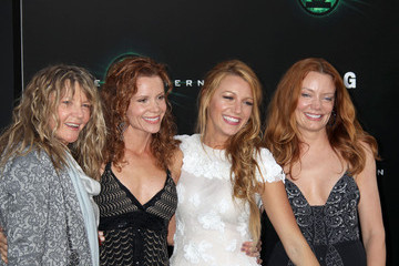 """Blake Lively Robyn Lively """"Green Lantern"""" Los Angeles Premiere - Arrivals"""