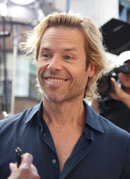 guy pearce emmy