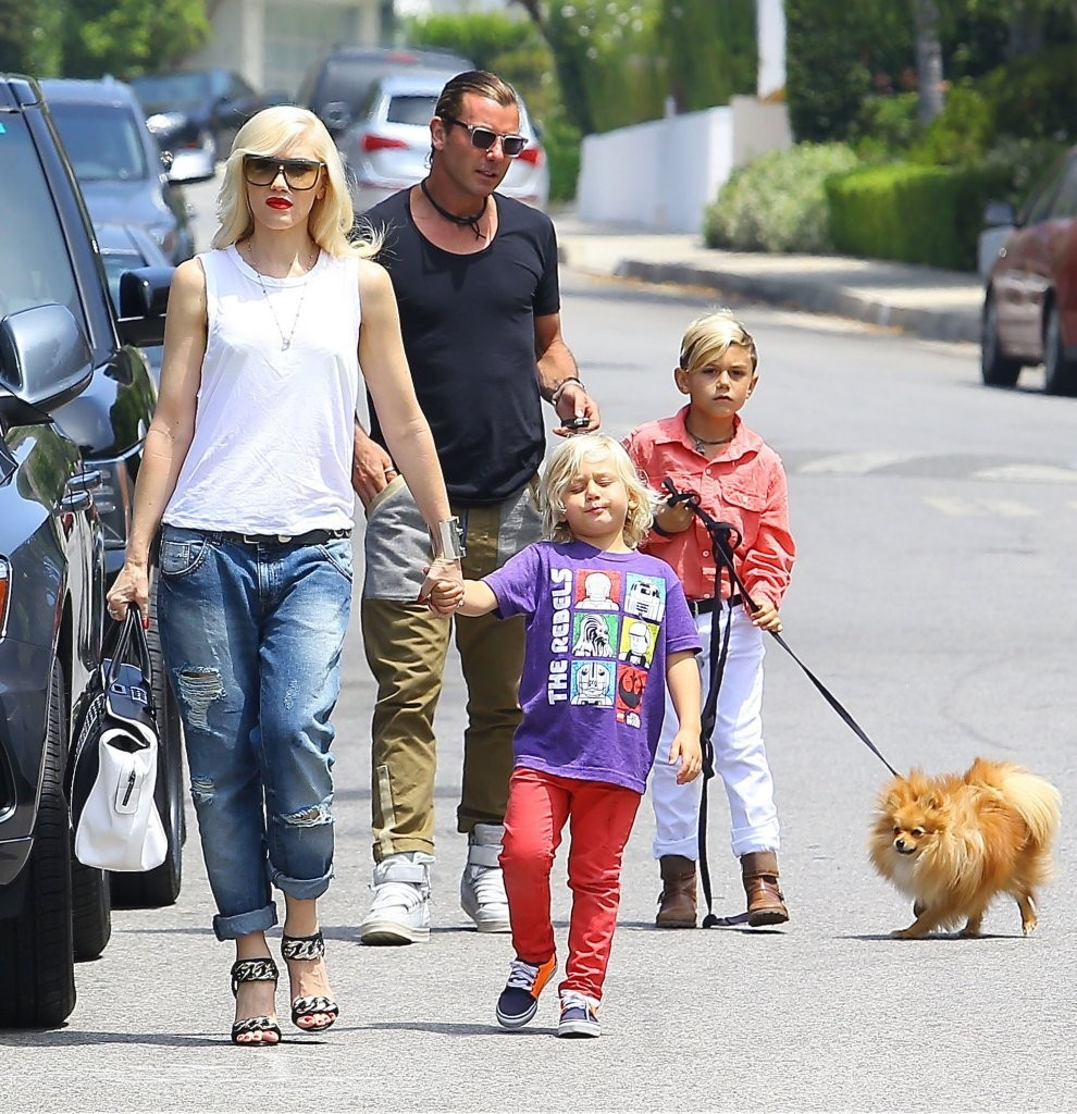 Gwen Stefani & Family Go To A Birthday Party