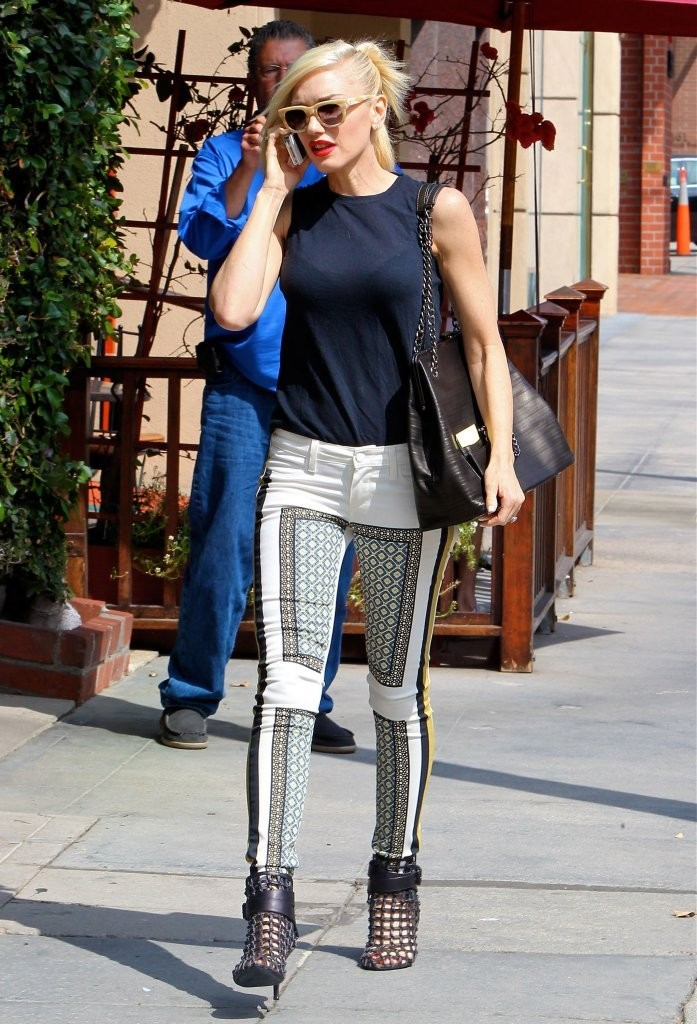 Gwen Stefani Makes Printed Jeans Look Good — Obviously
