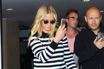 Gwyneth Paltrow Gwyneth Paltrow Touches Down at LAX