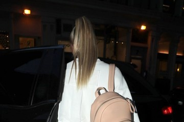 Hailey Baldwin Hailey Baldwin Steps Out For A Night Out In NYC
