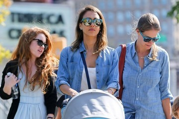 Haven Warren Jessica Alba Taking Her Girls For A Walk Around NYC