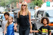 Heidi Klum Walking Thorugh SoHo With Her Kids