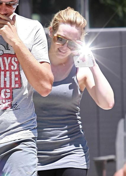 Hilary Duff Leaves A Gym Pictures Zimbio
