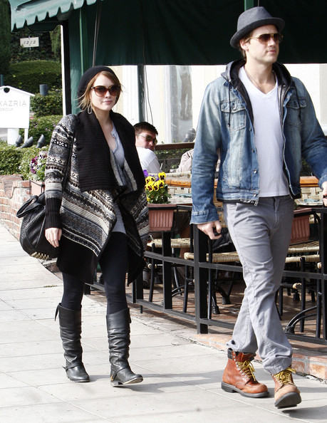 Hilary Duff and Nick Zano Photos Photos - Hilary Duff And ...