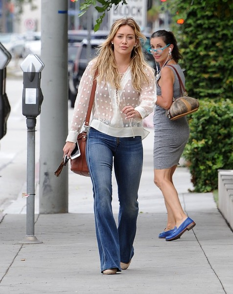 Hilary Duff Steps Out In West Hollywood