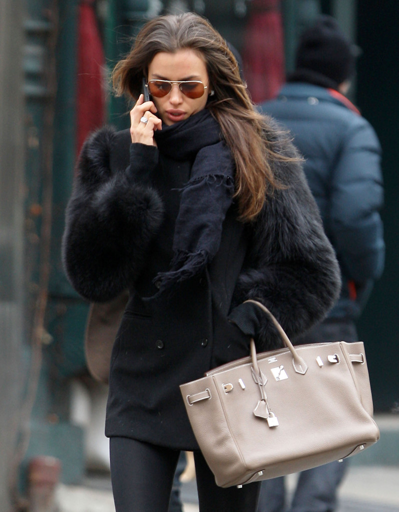 Irina Shayk Photos Photos Irina Shayk Walking And