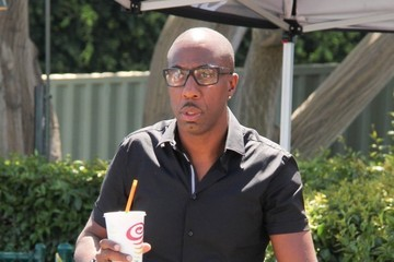 J.B. Smoove Celebs Doing An Interview For EXTRA