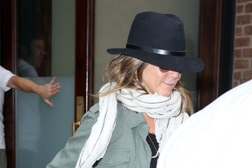 Jennifer Aniston Jennifer Aniston Out in New York