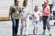 """Actress Jennifer Garner is spotted on the set of """"Miracles From Heaven"""" on August 2, 2015 in Atlanta, Georgia."""