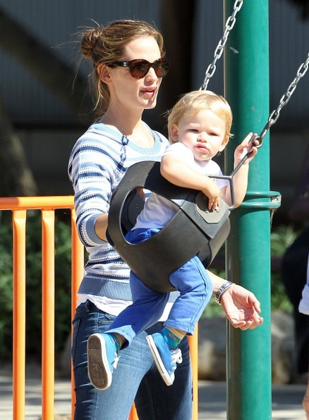 'Draft Day' actress Jennifer Garner takes her children Samuel, Violet, and Seraphina to a park for some play time in Pacific Palisades, California on July 15, 2013.
