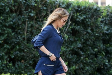 Jennifer Lopez Jennifer Lopez Heads to a Meeting