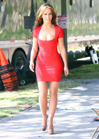 Nude pictures of jennifer love hewitt photos 761