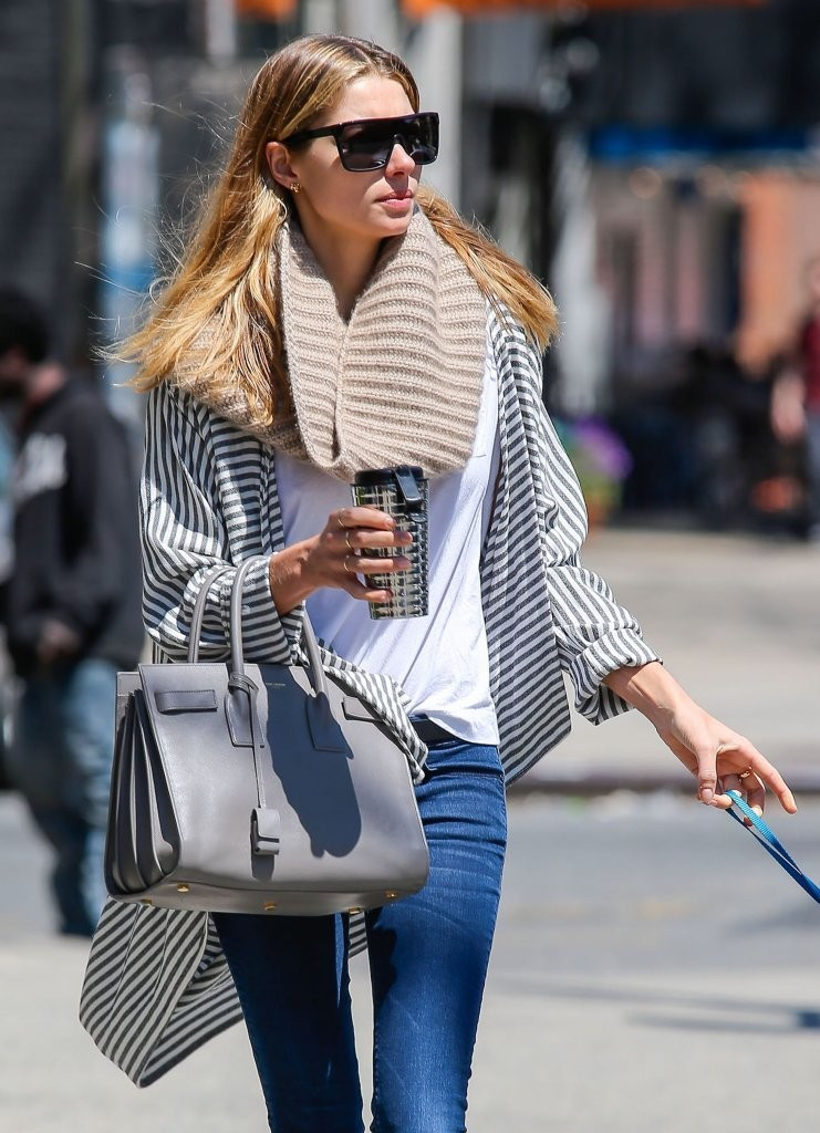 Jessica Hart Out Walking Her Dog In New York