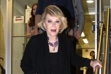 Joan Rivers Joan Rivers Leaves Her Book Signing Event