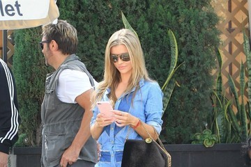 Joanna Krupa Joanna Krupa Gets Lunch At Il Pastaio