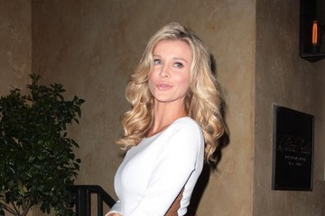 Joanna Krupa Celebrities Get Dinner in West Hollywood