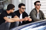Joe and Kevin Jonas Hang With Friends in West Hollywood