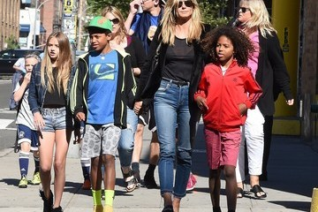 Johan Samuel Heidi Klum & Her Children Walk Around NYC