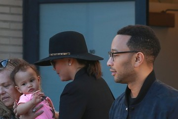 John Legend Luna Stephens Chrissy Teigen & John Legend Shopping At Barneys New York