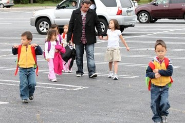 Joel Gosselin Jon Gosselin Picking Up His Kids From The Bus Stop