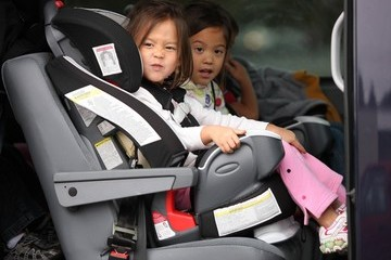 Leah Gosselin Jon Gosselin Picking Up His Kids From The Bus Stop