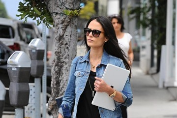 Jordana Brewster Jordana Brewster Gets Her Hair Done In LA